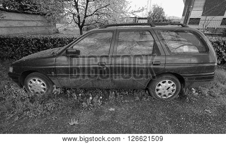 Abandoned Car Vehicle