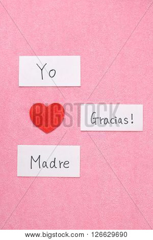 I Love Mom concept in Spanish. 