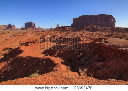 Amazing Daytime Image of Monument Valley Utah