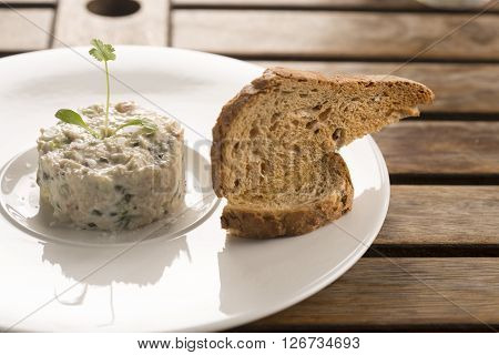 Crab mayonnaise with capers, parsley & tarragon & toasted sourdough