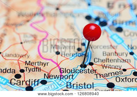 Gloucester pinned on a map of UK