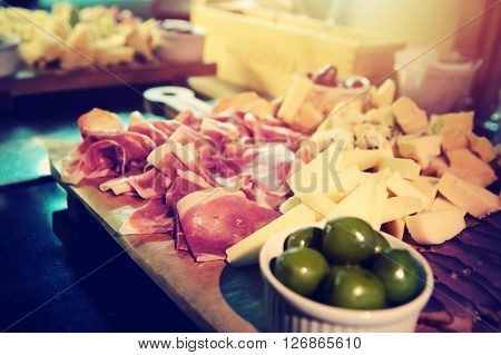 Italian Snack Olive Meat Cheese
