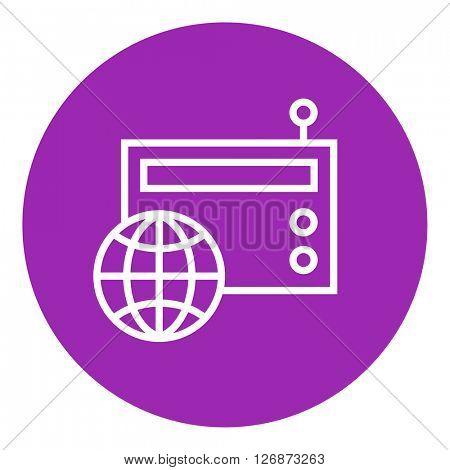 Retro radio line icon.