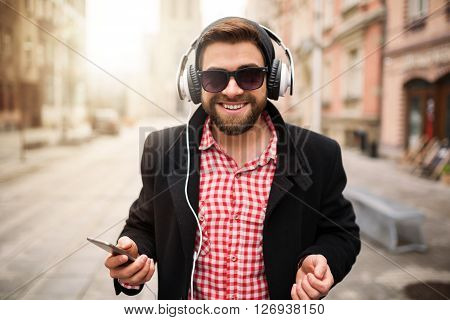 Listening To The Great Music