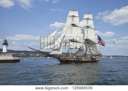 DULUTH MINNESOTA USA - JULY 29 2010: The brig Niagara enters Duluth harbor on Lake Superior during the Tall Ships Festival.
