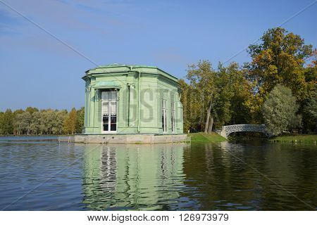 View of the pavilion of Venus from the waters of White lake the fall. Gatchina, Russia