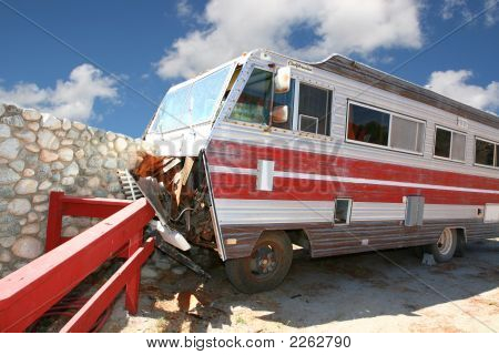 Camping Accident Rv Coach That Crashed Into A Stone Wall