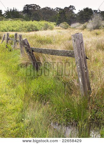 Old Fence, Tilting