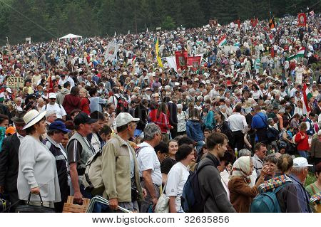 Crowds of Hungarian pilgrims gathering to celebrate the Pentecost