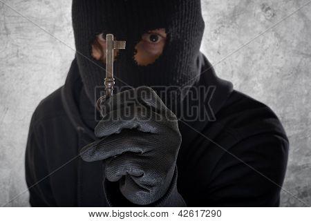 Burglar With A Key
