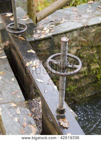Detalle del mecanismo de la zanja de riego