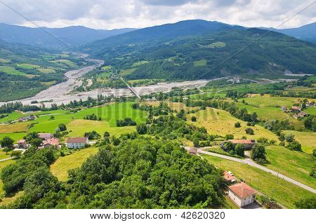 Panoramic view of Bardi. Emilia-Romagna. Italy.