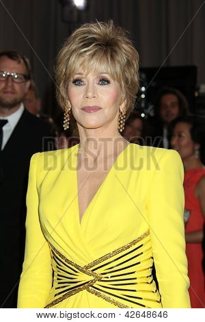 LOS ANGELES - FEB 24:  Jane Fonda arrives at the 85th Academy Awards presenting the Oscars at the Dolby Theater on February 24, 2013 in Los Angeles, CA