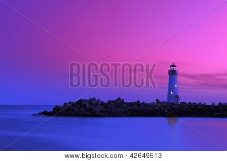 Lighthouse at Walton Santa cruz california during dusk