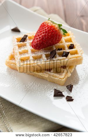 Waffel With Strawberry And Chocolate