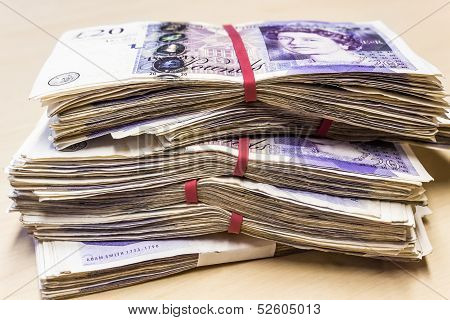 Bunch Of Used Uk 20 Pound Notes