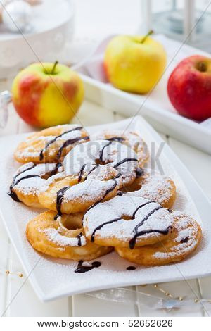 Delicious apple pancake rings for Christmas