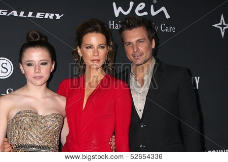 LOS ANGELES - OCT 19:  Lily Mo Sheen, Kate Beckinsale, Len Wiseman at the 2013 Pink Party at Hanger 8 on October 19, 2013 in Santa Monica, CA