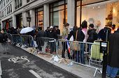 The Crowds Of People Waiting For The New Iphone 5 At The Regents Street Apple Store, In London 20Th