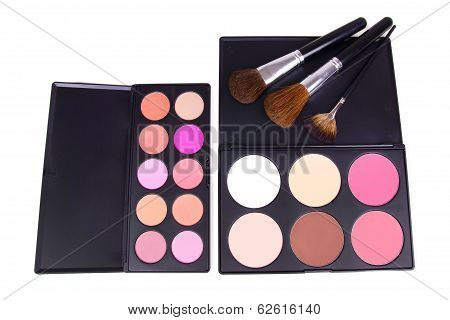 Make-up Corrector And Eyeshadows Palettes