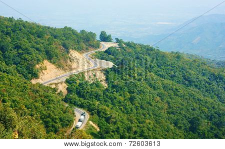 Ngoan Muc Mountain Pass