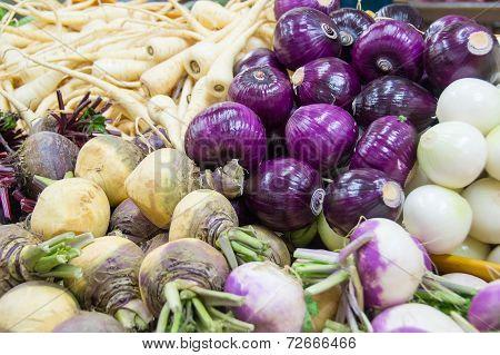 root crops in market