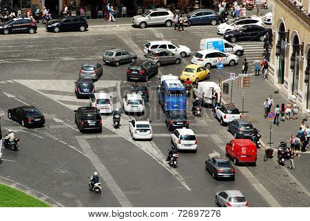 Cars And People In Rome City