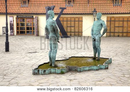 Fountain Pee Men