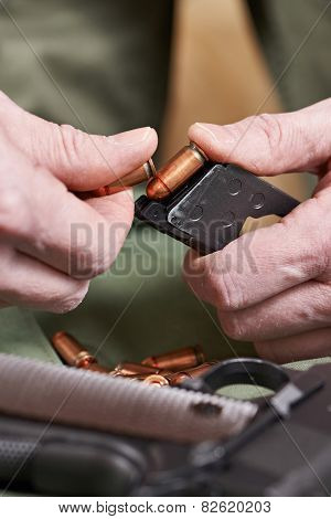Soldier Load Ammo In Clip weapons