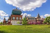 picture of reconstruction  - A modern reconstruction of the Wooden palace in Kolomenskoye Moscow - JPG