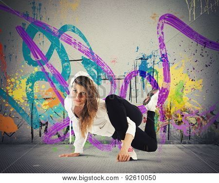 Breakdance girl