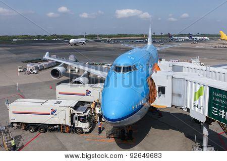 KLM Boeing 747-400 parked at Narita international airport