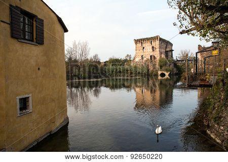 Borghetto Village