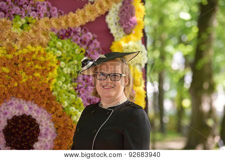 ST. PETERSBURG, RUSSIA - JUNE 4, 2015: Chief garden keeper of Russian Museum Olga Cherdantseva in the Mikhailovsky Garden during the festival Emperor's Gardens of Russia