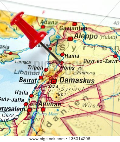 Map with pin set on Homs, Syria.