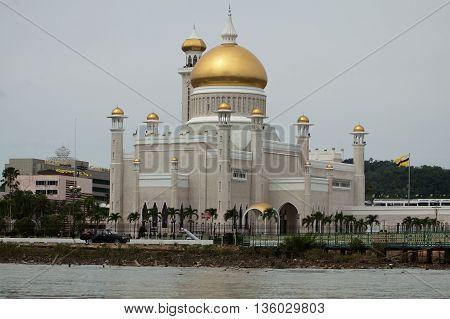 Sultan Omar Ali Saifuddin Mosque in Bandar Seri Begawan - Brunei Darussalam