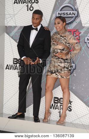 LOS ANGELES - JUN 26:  Cory Hardrict, Tia Mowry-Hardrict at the BET Awards Arrivals at the Microsoft Theater on June 26, 2016 in Los Angeles, CA