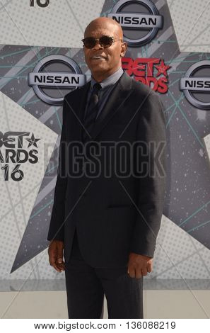 LOS ANGELES - JUN 26:  Samuel L Jackson at the BET Awards Arrivals at the Microsoft Theater on June 26, 2016 in Los Angeles, CA