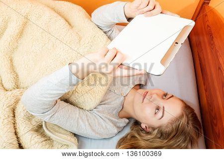 Young Woman Girl With Tablet Browsing Internet.