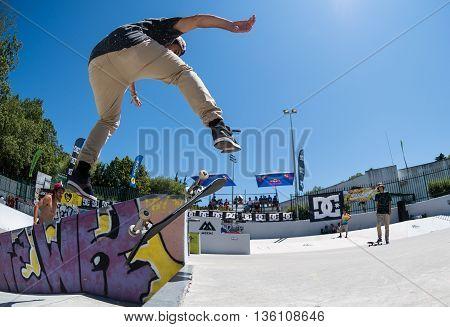 Daniel Fernandes During The Dc Skate Challenge