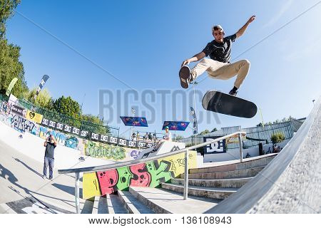 Daniel Fernandes During The Dc Skate Challenge
