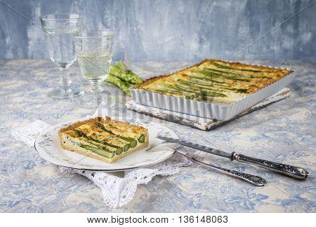 Tart with Green Asparagus