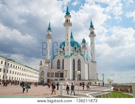 KAZAN, RUSSIA - APRIL 30, 2016: The Kul Sharif mosque, under a cloudy sky. Religious landmark  of the city Kazan, Tatarstan