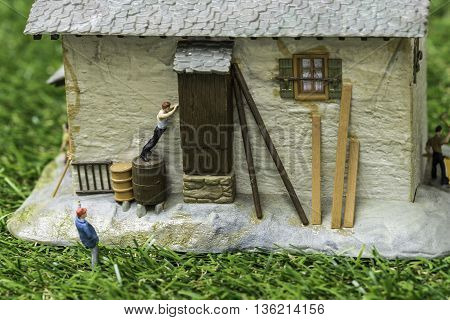 mini worker repir house from order by the man - a simple life in country