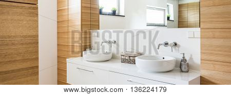 Contemporary Bathroom Design Bathed In Freshness And Light