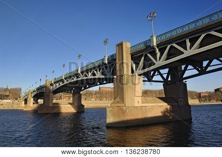 View of the Saint Pierre Bridge in Toulouse, France