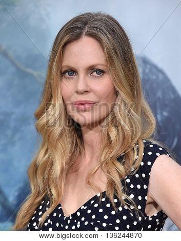 LOS ANGELES - JUN 27:  Kristin Bauer van Straten arrives to the