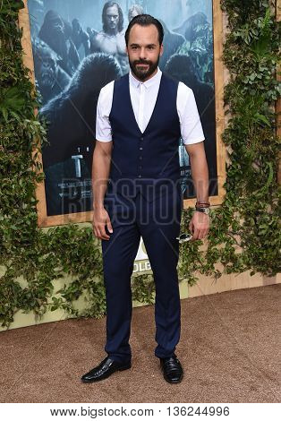 LOS ANGELES - JUN 27:  Casper Crump arrives to the