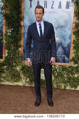 LOS ANGELES - JUN 27:   Alexander Skarsgard arrives to  the