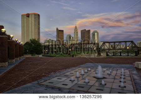 Sunset in Columbus, Ohio from Northbank Park